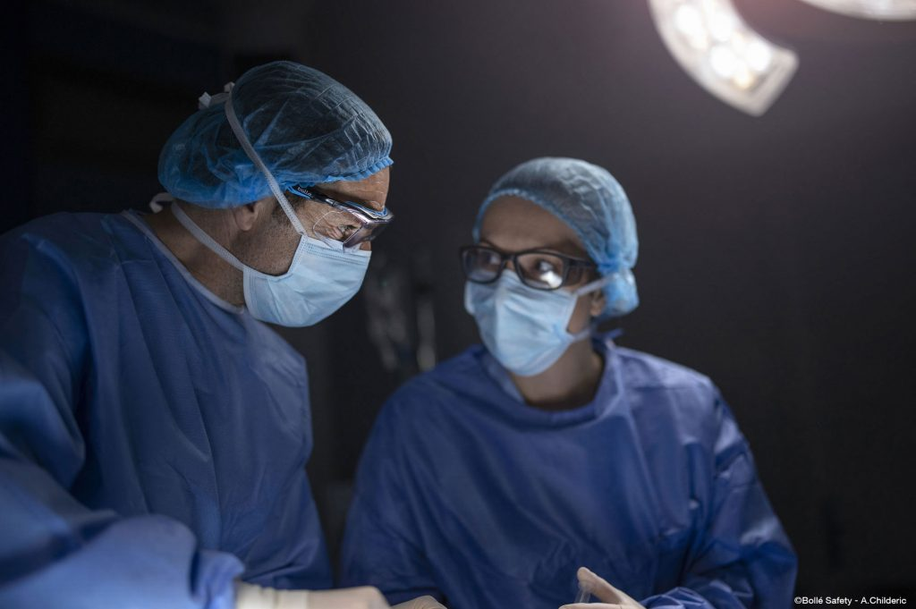 Bolle Safety has a range of safety glasses for the Healthcare industry